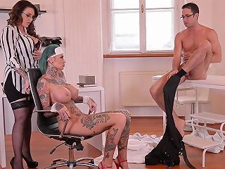 Harmony Reigns And A Doctor Ravish Stunning Babe Calisi Ink Any Porn