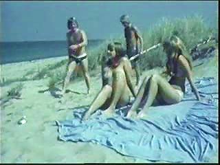Ausser Rand Am Strand